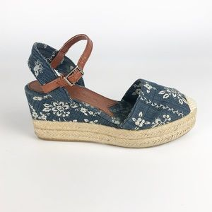 Lucky Brand Lucille Wedges size 6.5
